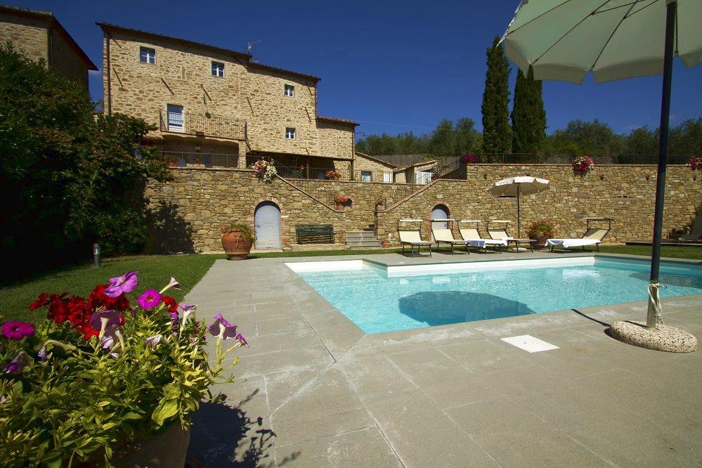 Villa isabella villa isabella un antico casale situato for Pianta del piano casa di 800 piedi quadrati